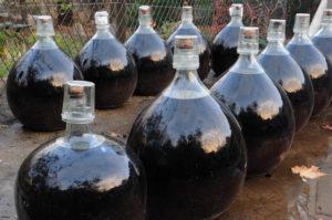 Bonbonnes_VDN_Maury_Roussillon_France_Wine4Food