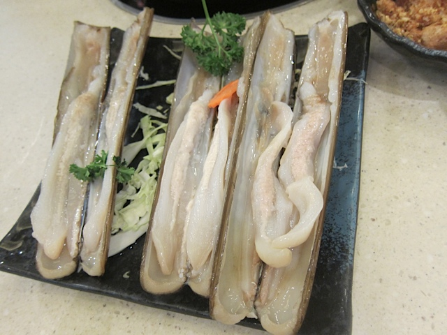 The delicious razor clams
