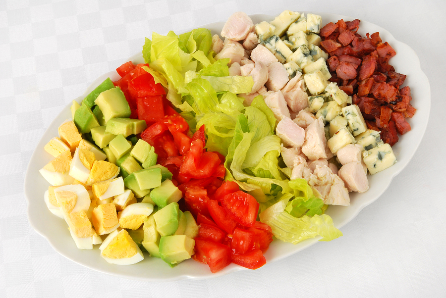 https://wine4food.com/wp-content/uploads/2014/02/bigstock-Cobb-salad-14340548.jpg