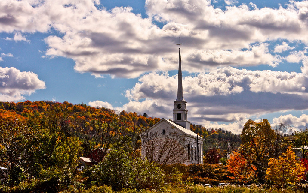 patrick_church-and-autumn-leaves-stowe-vt_from-flickr