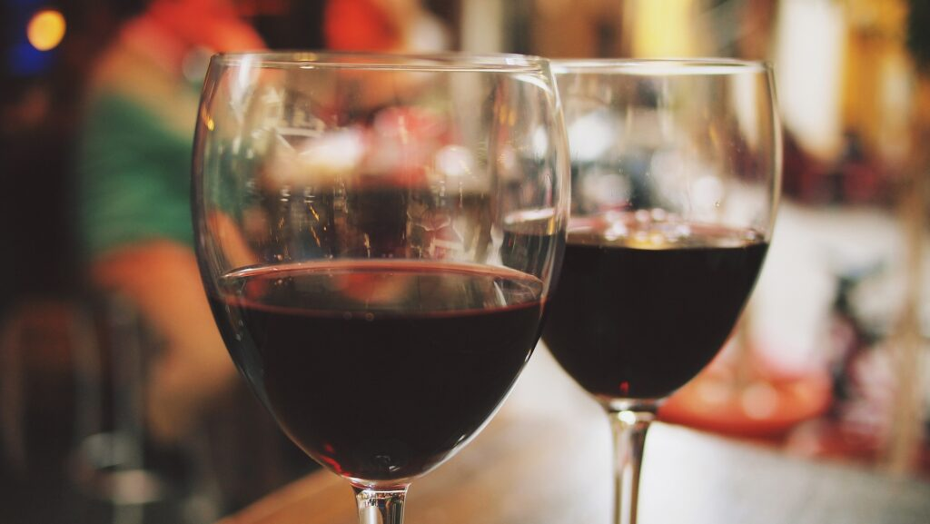 wine-890370_1920_pixabay_epicantus