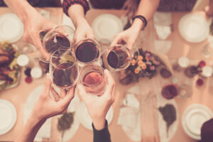 Wine_Dinner_Toasting_Restaurant_Somm